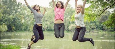 Skákání na trampolíně - zábavný a efektivní způsob hubnutí